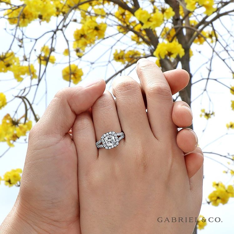 How to hint at which engagement ring you want