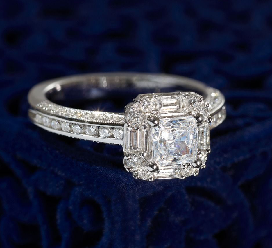 The heavenly halo: our favorite halo engagement rings
