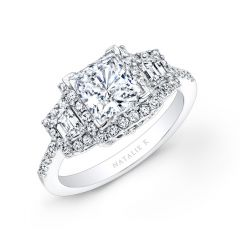 18k White Gold Princess Cut Diamond Engagement Ring with Trapezoid Side Stones